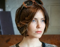short bob middle parting staight brown natural hair wig